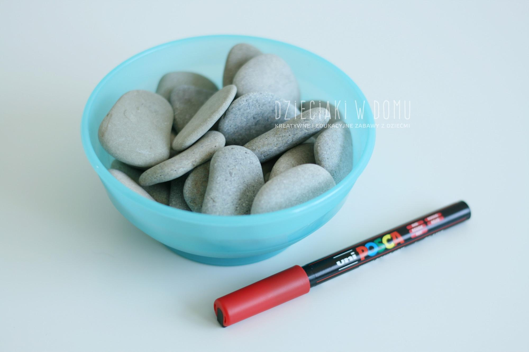 کاردستی آموزش اعداد به کودکان از طریق سنگ