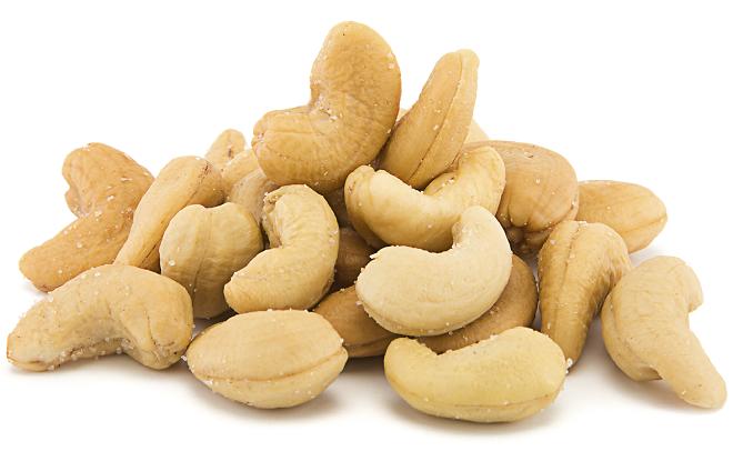 4. بادام هندی: منبع پروتئین گیاهی