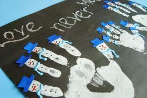 کاردستی کودک با رنگ و کف دست