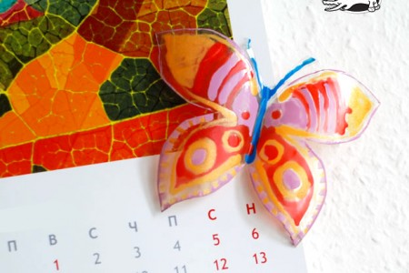 ساخت کاردستی پروانه با شیشه نوشابه و لاک ناخن