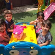بهترین مهدکودک سعادت آباد تهران - مهدکودک وانیا