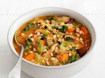 طرز تهیه سوپ ساده: سوپ جو و قارچ
