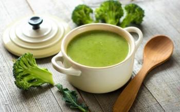 طرز تهیه سوپ ساده: سوپ خامه ای بروکلی و اسفناج