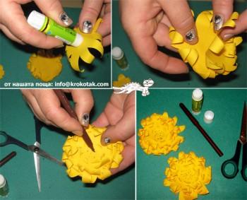 کاردستی ساخت گل های رنگارنگ با کاغذهای رنگی