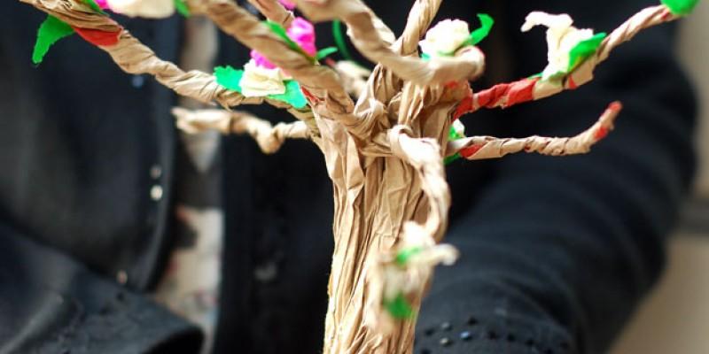 ساخت درخت با کاغذ رنگی