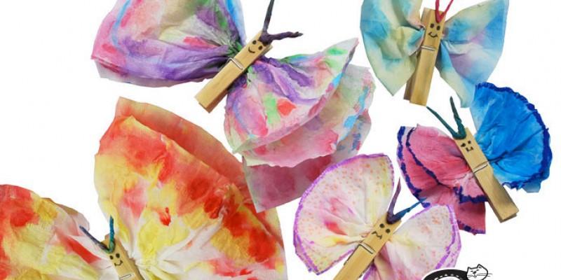 کاردستی ساخت پروانه با دستمال کاغذی و گیره لباس