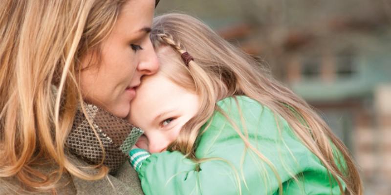 کودک کمرو: دلایل و راهکارها