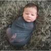 22 ایده عکاسی از نوزاد در آتلیه به همراه مادر، پدر و حیوانات خانگی